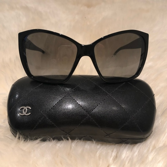 4ae37d5994c42 CHANEL Accessories - Black Chanel 5203 Glitter Sunglasses